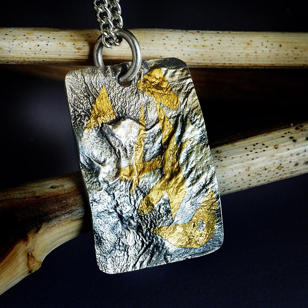 """N18013 - """"Phoenix in flames"""" Pendant"""