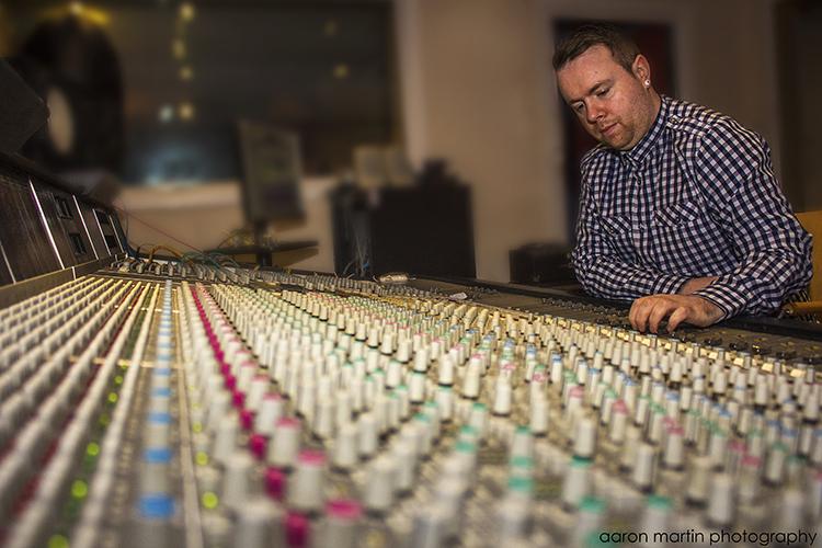Studio 001