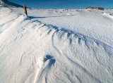 Snow patterns and way marker
