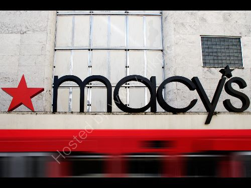 Passing Macys, Miami