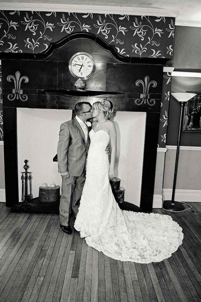 Wedding Photography at Broadway Country Hosue, Laugharne