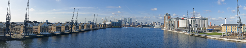 Canary Wharf from Royal Victoria Dock