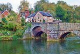 LDLW015 - The Charlton Arms overlooking the River Teme