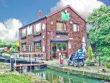 Tapton Lock Visitor Centre, Chesterfield Canal, Derbyshire