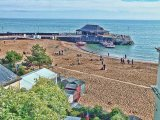 the beach & harbour arm, broadstairs, kent