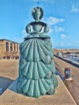 the shell lady statue, margate
