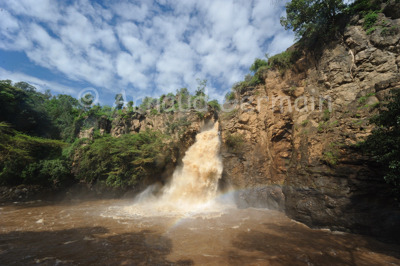 Clouds on Makalia Falls