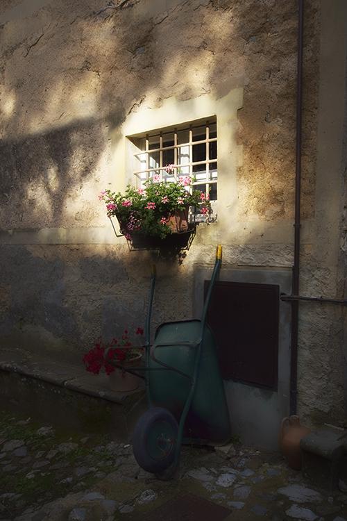 006 Fibbiano Village Scenes - Morning Light