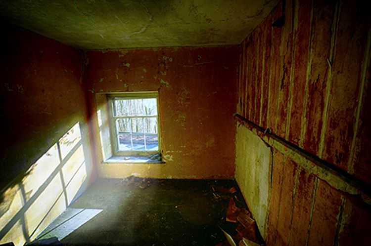 Upstairs Room with Low Level Window