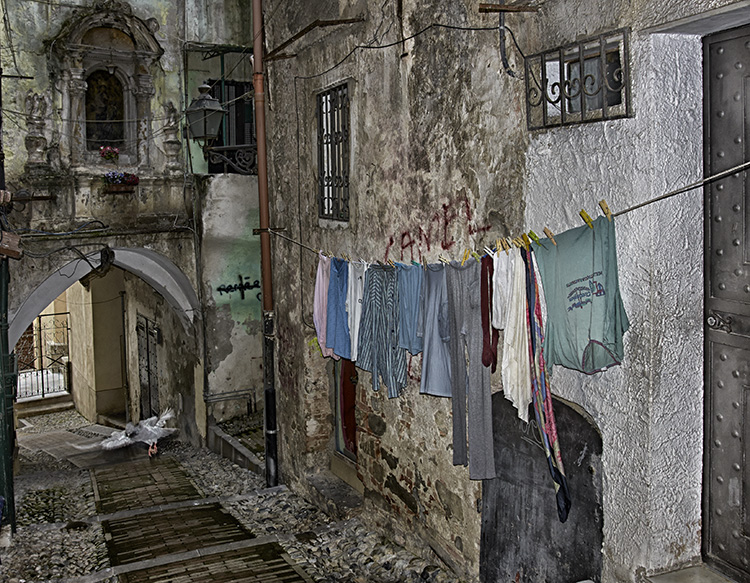 Alleyway with washing