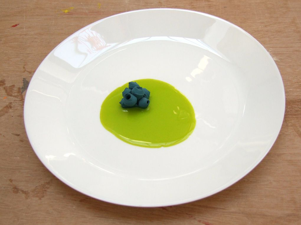 6. Blue Porcelain and Green Silicone