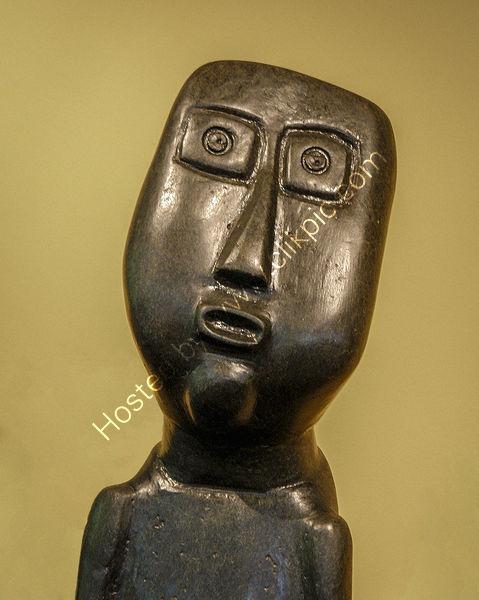 Derek Middleton - African Stone Statue Detail