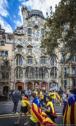 """Casa Batlló - National Day of Catalonia"""