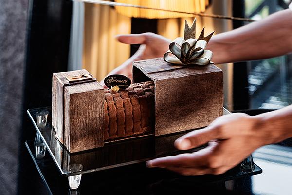 Chocolate Log Fairmont Royal Palm
