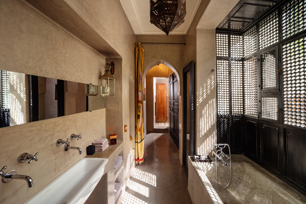 Riad 72 bathroom