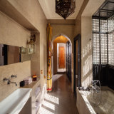 Riad 72 bathroom