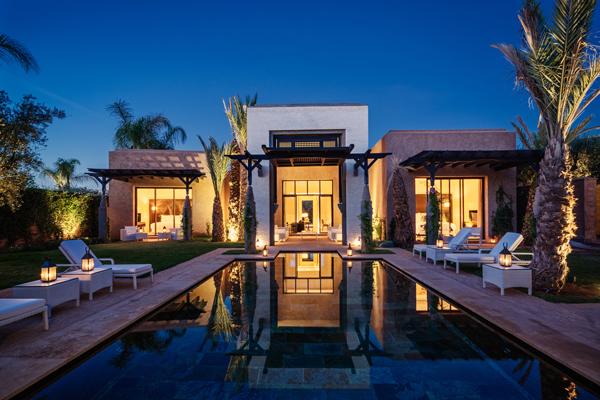 Royal Palm villa night