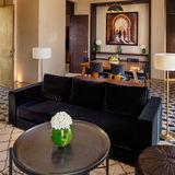 Royal Palm villa salon