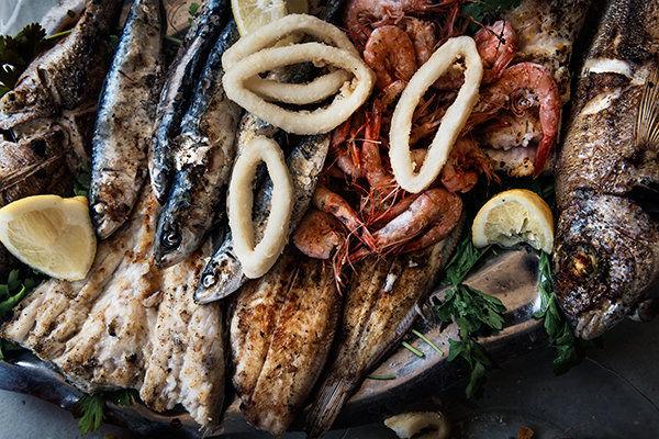 Mixed grilled seafood platter, Asilah