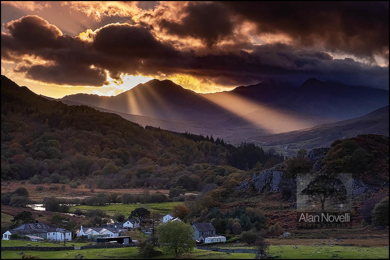 Snowdon Sunrays