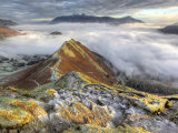 lake district photo catbells dawn mist