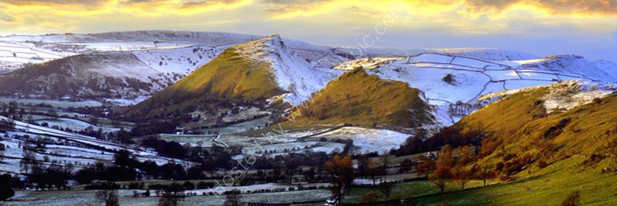 peak district photo:Chrome hill winter