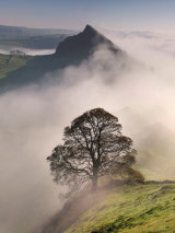 peak district photo.Parkhouse from Chrome hill mist 2