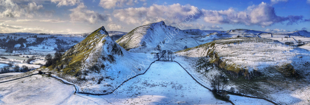 peak district photo parkhouse and Chrome hill winter