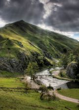 peak district photo:Dovedale stepping stones sunburst