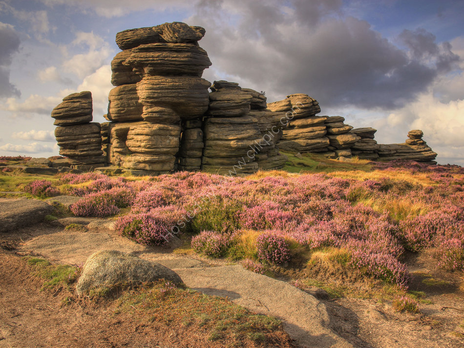 peak district photo hurkling stones derwent edge