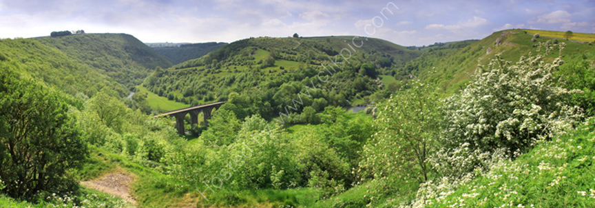 peak district photo:Monsal head spring