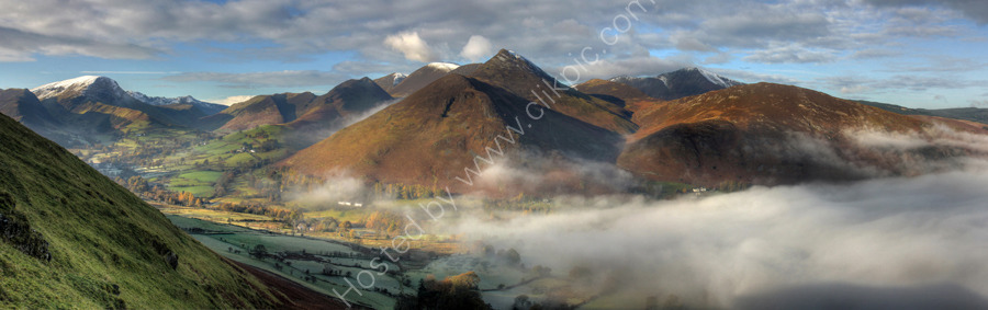 lake district photo newlands valley mist