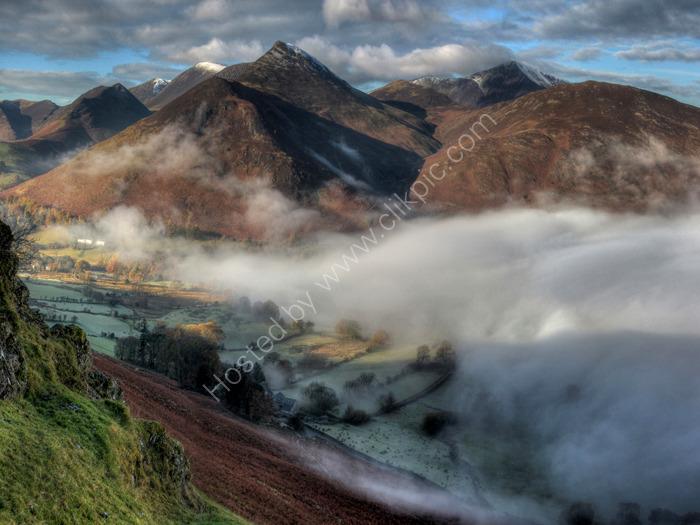 lake district photo newlands valley mist 2