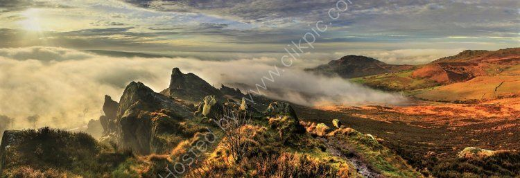 peak district photo ramshaw rocks dawn mist