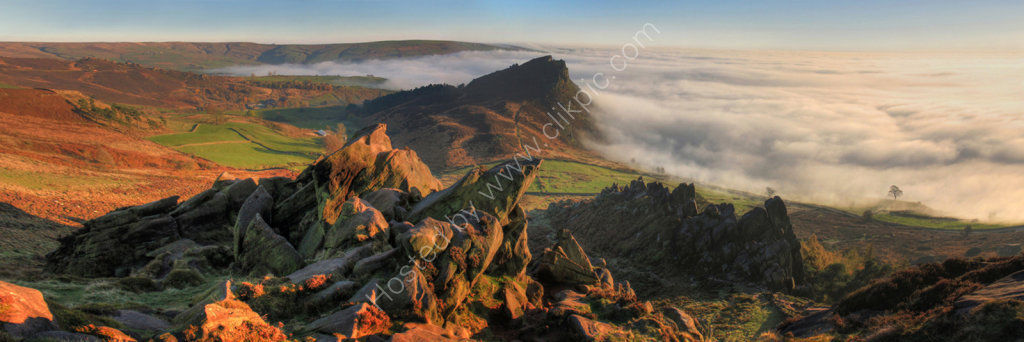 peak district photo The roaches top tier mist