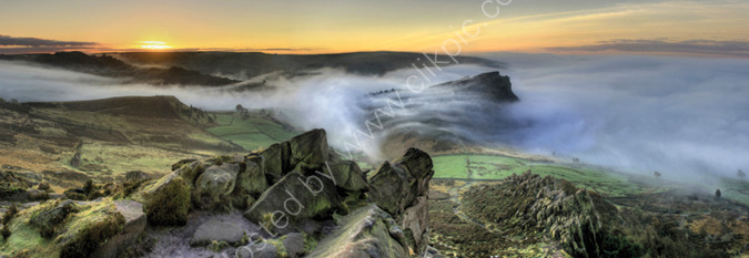 peak district photo.Roaches mist sunrise