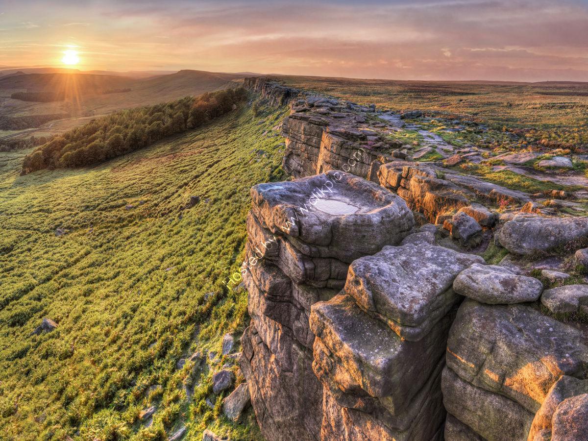 Peak District Photo Stanage Edge sunset