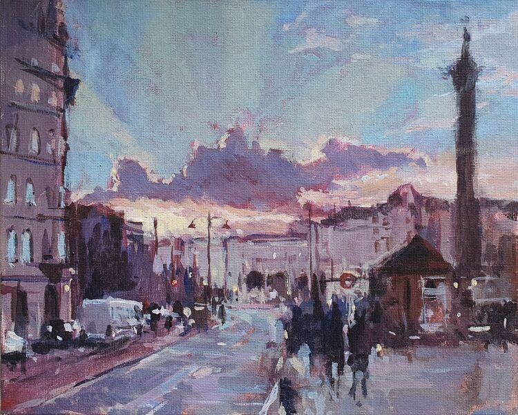 Late sun at Trafalgar Sq