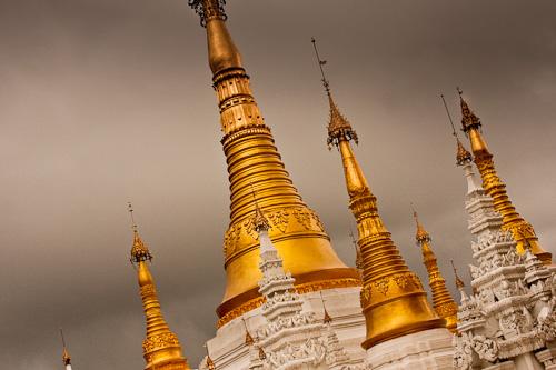 Shwedgadon Paya Yangon