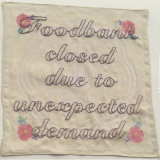 Table napkin: foodbank closed