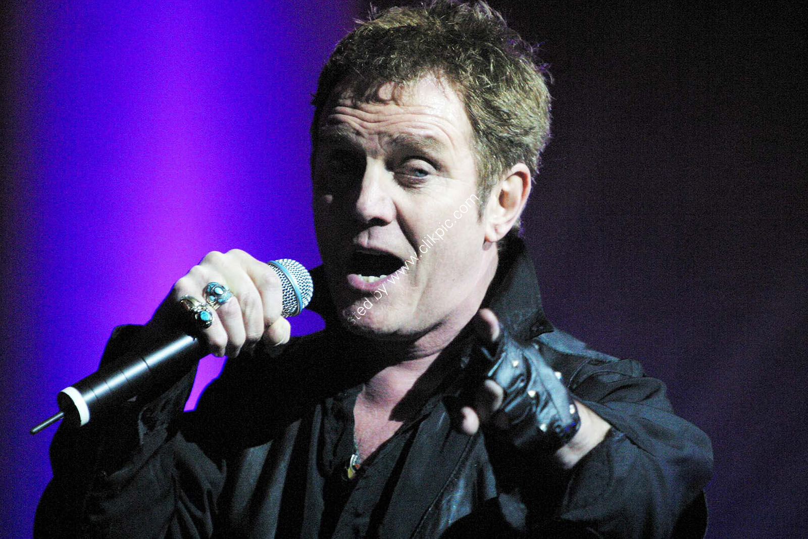 "Alvin Stardust peforming at the SECC for Blast from the Past in aid of ""Kids Charity """