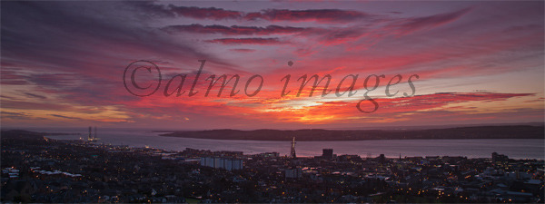 Sunrise over the Tay
