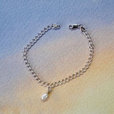 Sterling Silver Curb Chain with Pearl Charm £35