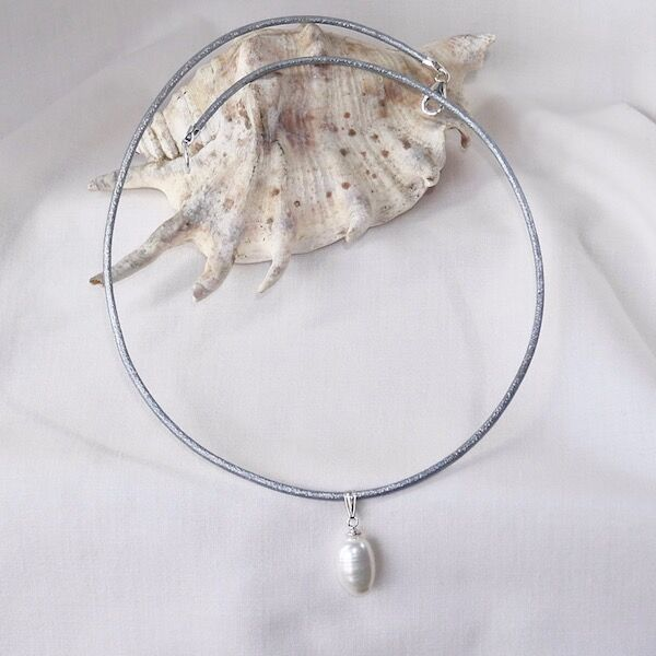 Leather Choker with Pearl Drop Sterling Silver Clasp £29