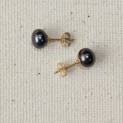 Button Pearls on Gold Filled Studs £16.00