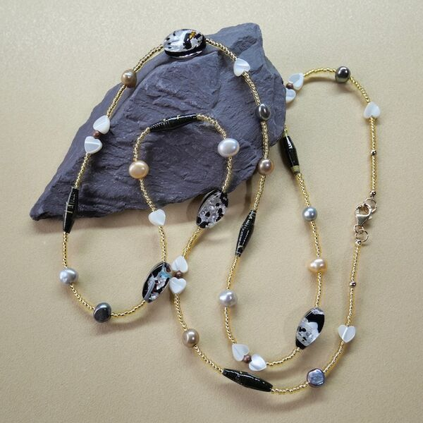 Long Necklace with Pearls Glass & Gold Filled Clasp £30