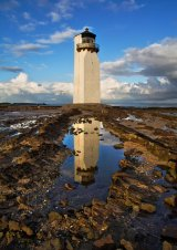HC Southerness Lighthouse : Lynn Kerr