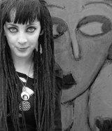 Com Goth Girl - Mavis McCormick