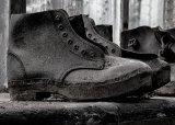 Com Old boots - David Jones