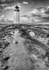 Com Southerness Lighthouse : Lynn Kerr